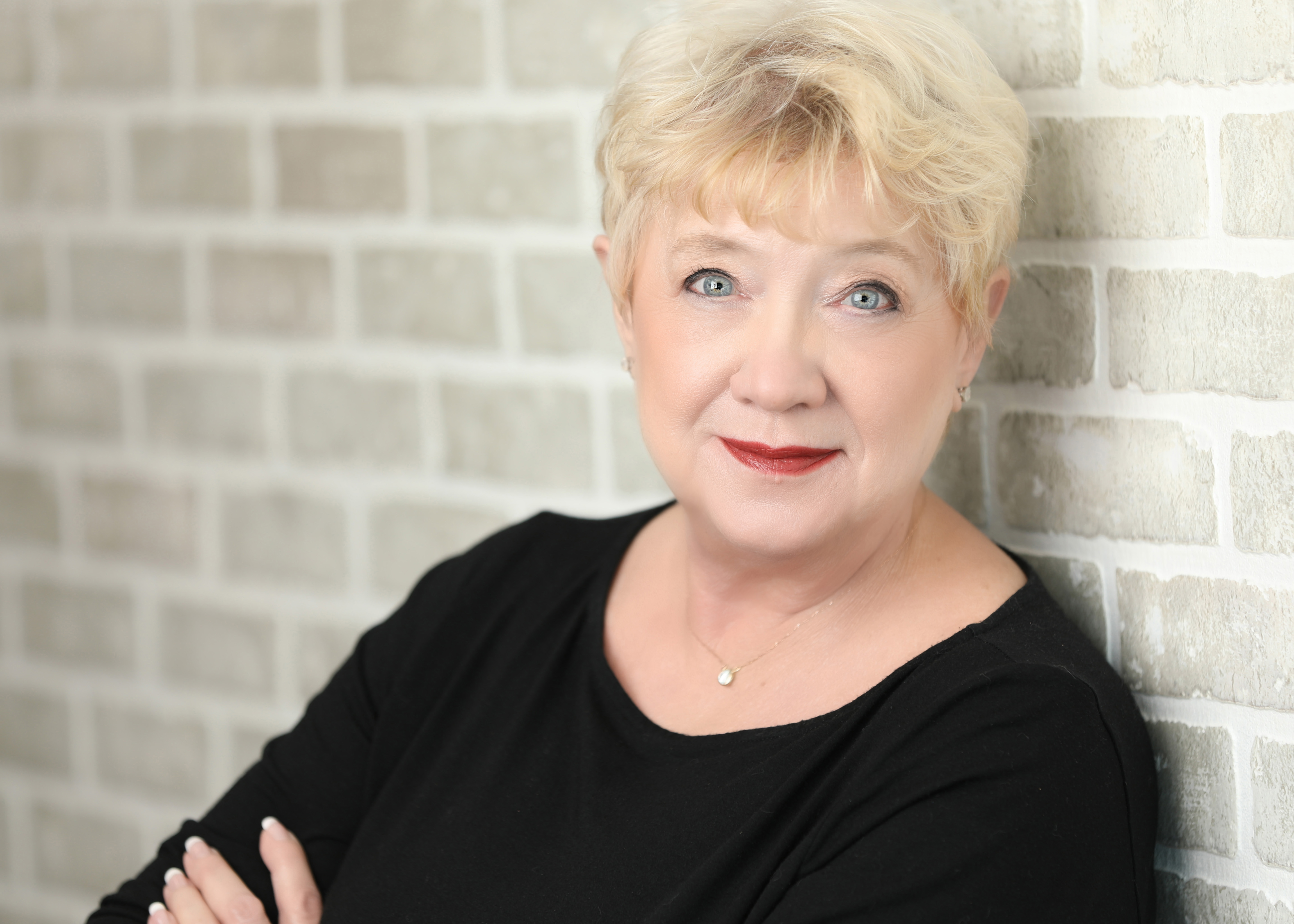 Dr. Diane Heacox